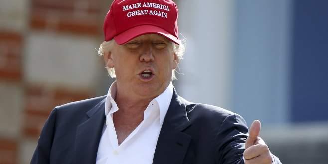 Trump: O zaman dizlerinin üzerine çök desem çökerdi