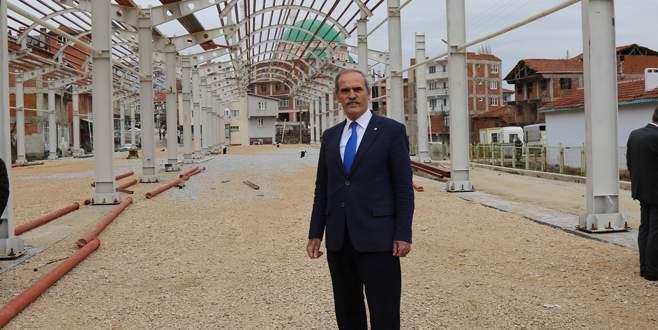 Büyükorhan'a kapalı pazaryeri