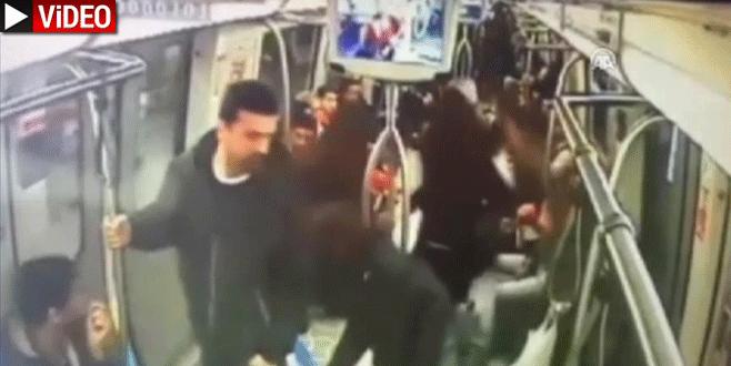 Metroda 'bomba' şakası güvenlik kamerasında