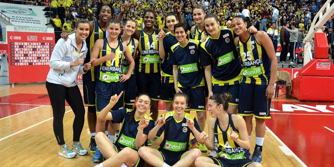 Kupa Fenerbahçe'nin 69-61