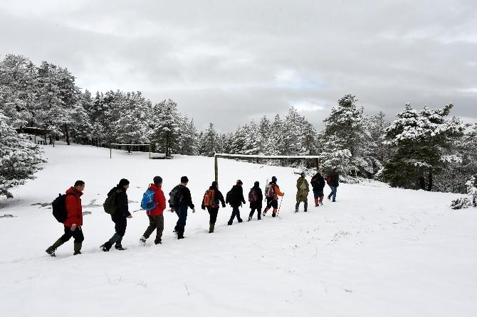 Kadınlar Günü İçin Zorlu Yürüyüş