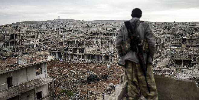 'ABD Kobani'de askeri üs inşa ediyor'
