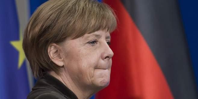 Merkel: Görüşmeler zorlu geçecek