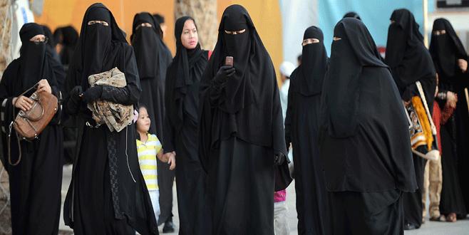 Mısır'da burka ve peçe yasaklanıyor