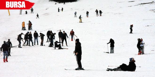 Acemi kayakçılar zor anlar yaşadı