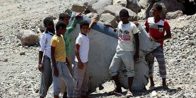 Yemen'de savaş uçağı düştü, 2 pilot öldü