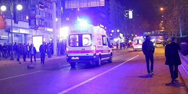 Ünlülerden 'Ankara saldırısı' mesajları