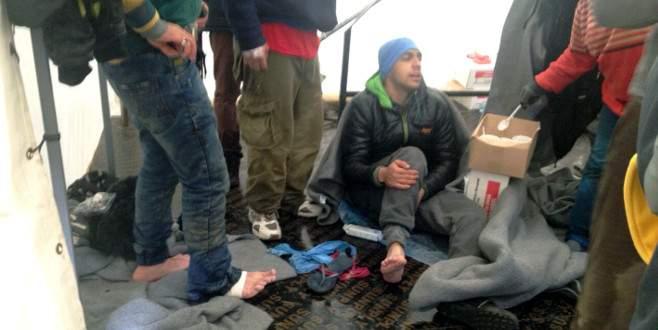 Üç sığınmacı nehri geçerken boğuldu