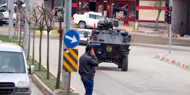 PKK, evini terk edenlere ateş açtı