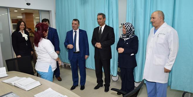 AK Parti Yıldırım sağlıkçıları unutmadı