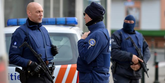 Terör operasyonu: 4 polis yaralı!