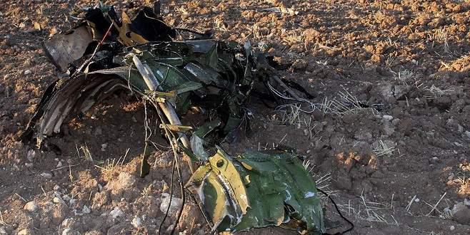 22 yolculu askeri kargo uçağı düştü