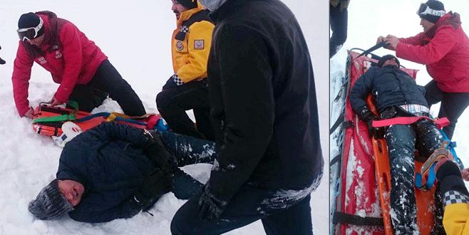 Uludağ'da ayağını kırdı, donmak üzereyken bulundu