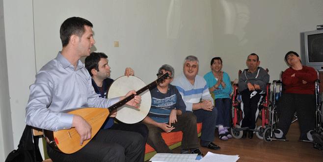 OBAM'da engelleri müzikle aşıyorlar