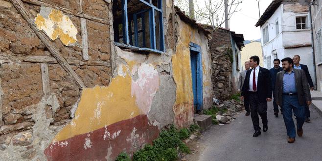 Bursa'da harabe tarihi evler eski günlerine kavuşuyor