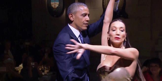 Dünya yasta Obama dansta