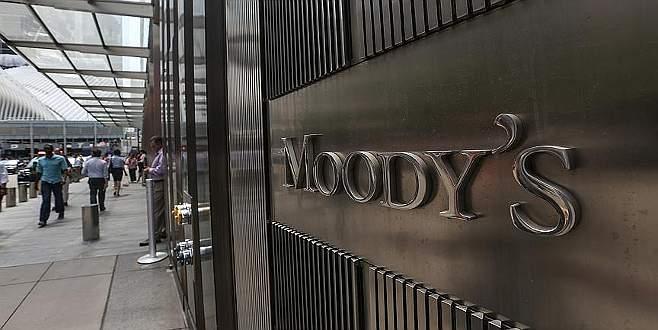 Moody's'den körfez ülkelerine bütçe açığı uyarısı