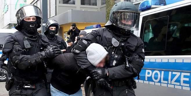 Brüksel'deki terör saldırılarıyla ilgili 1 gözaltı daha