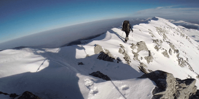 Bursalı dağcılar şehitler için rekor kırdı