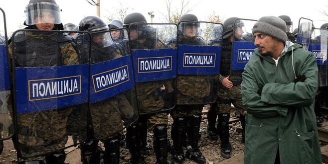 Makedonya sınırı kapatıyor
