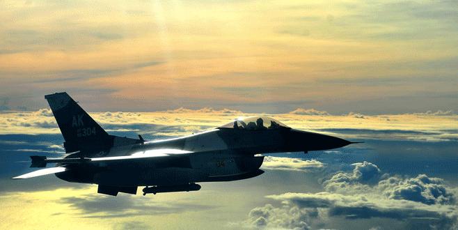 F-16 kalkıştan kısa bir süre sonra düştü!