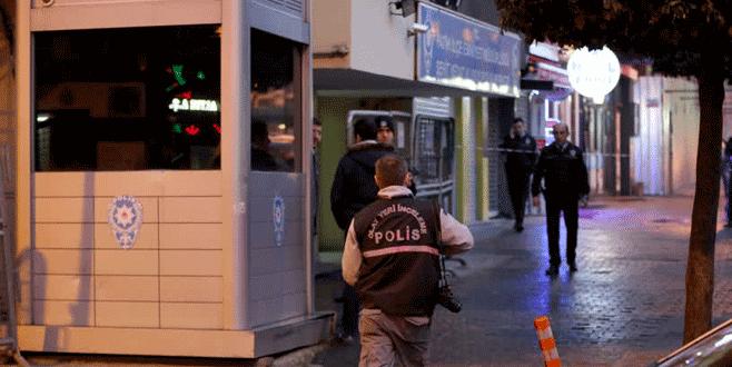 Polis merkezinde cinnet: 1 ölü, 1 yaralı