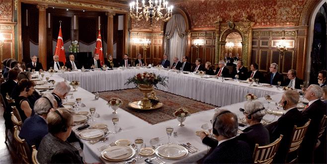 Cumhurbaşkanı Erdoğan kanaat önderleriyle görüştü
