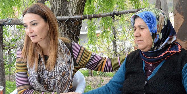 Azerbaycan milletvekilinden şehit ailesine ziyaret
