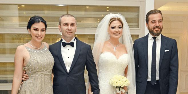 Düğünde Engin Altan sürprizi