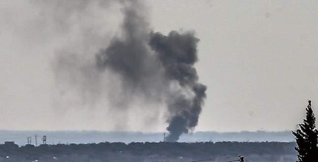 Rus uçakları Azez çevresini bombaladı