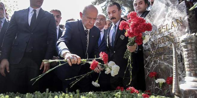 'Türkeş hâlâ şükranla anılmaktadır'