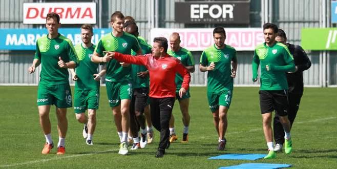 Bursaspor'da Serdar Aziz sevinci