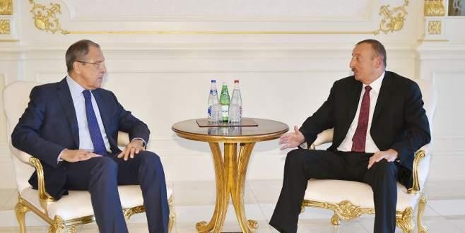 Lavrov ateşkes sonrası Azerbaycan'da