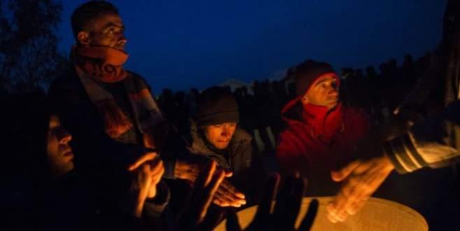 Göçmenler: Türkiye'ye dönmektense ölürüz