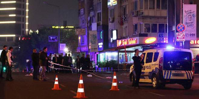 İstanbul'da alt geçitte patlama: 3 yaralı