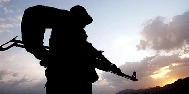 Bitlis'te çatışma: 4 asker ile 1 köy korucusu yaralandı