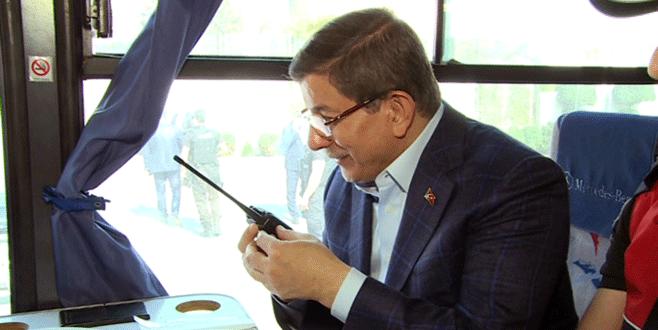 Davutoğlu, polis bayramını telsiz anonsuyla tebrik etti