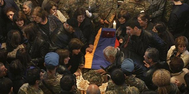 Azerbaycan, 18 Ermeni askerin naaşını verdi