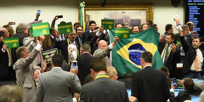 Brezilya Devlet Başkanı'na soruşturma darbesi