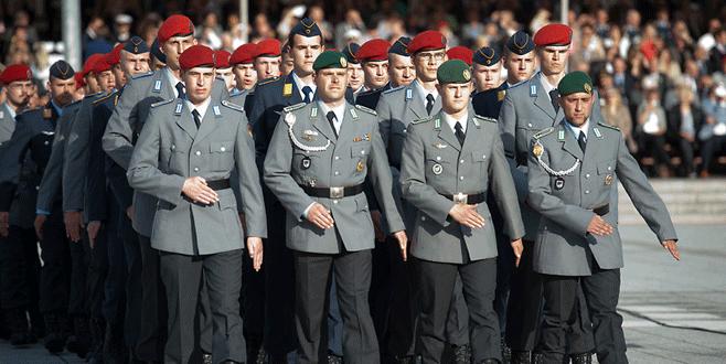 Alman ordusunda 'radikal İslamcı' avı