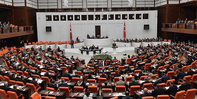 İşten çıkartılan Renault işçileri bugün Meclis'te