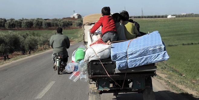 IŞİD saldırıları sonucu 30 bin kişi Türkiye sınırına göç etti