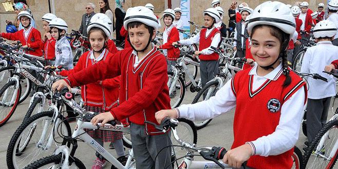 '23 Nisan'da çocuklara 65 bin bisiklet dağıtılacak'