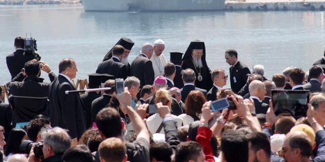Papa, Patrik ve Çipras, Midilli'de buluştu