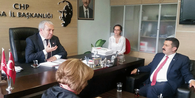 Türkoğlu'ndan CHP'ye eğitim raporu