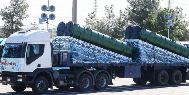 İran S 300'leri sergiledi