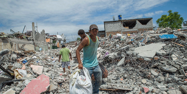 Depremde 180 mahkum kaçtı