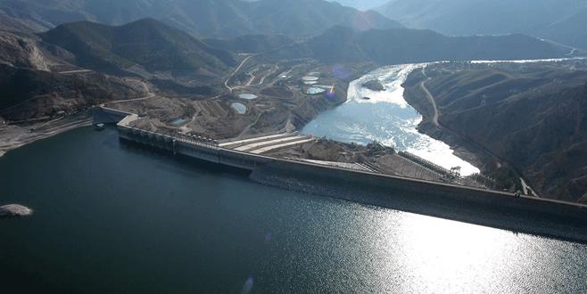 Üç büyük barajda üretim arttı