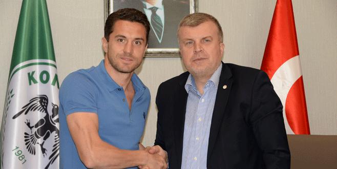 Rangelov 2 yıl daha T.Konya'da
