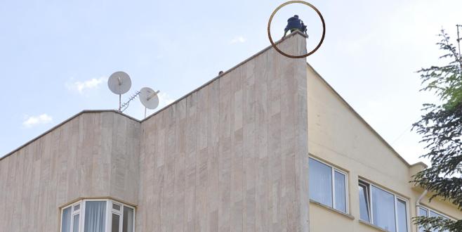 Eşi Bursa'da kanser tedavisi gören şahıs intihara kalkıştı